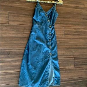 Abercrombie denim midi dress